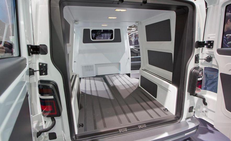 Volkswagen e-Co-Motion concept - Slide 22