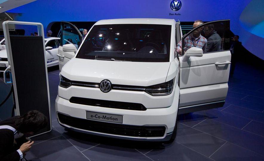 Volkswagen e-Co-Motion concept - Slide 2