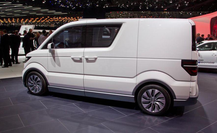 Volkswagen e-Co-Motion concept - Slide 11