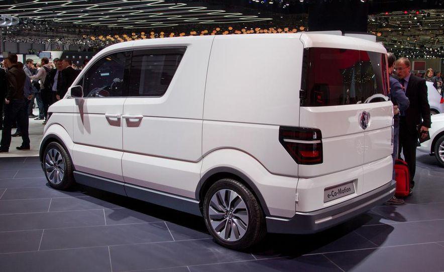 Volkswagen e-Co-Motion concept - Slide 13