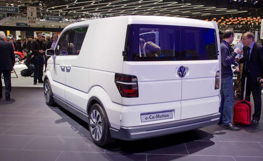 Volkswagen e-Co-Motion concept - Slide 14