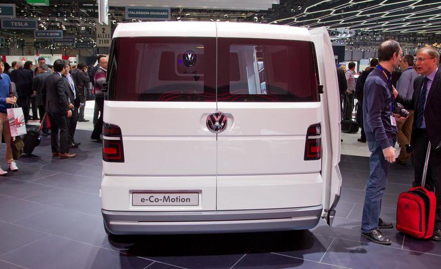 Volkswagen e-Co-Motion concept - Slide 15