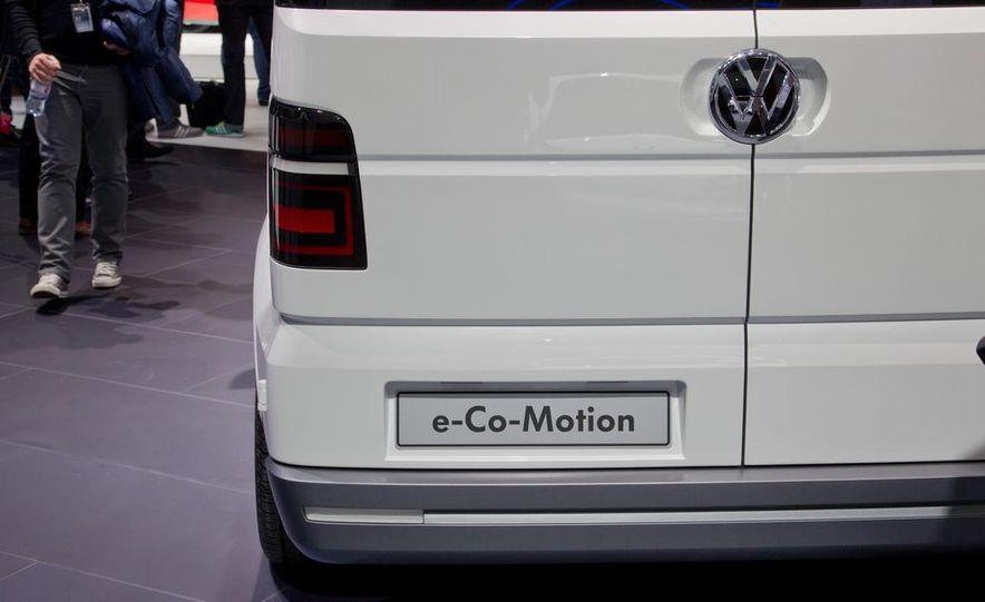 Volkswagen e-Co-Motion concept - Slide 18