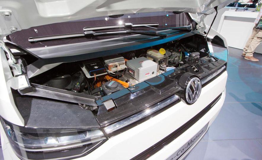 Volkswagen e-Co-Motion concept - Slide 24