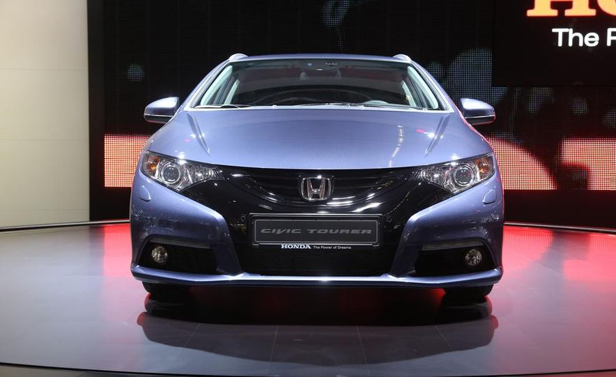 Honda Civic Tourer concept - Slide 3