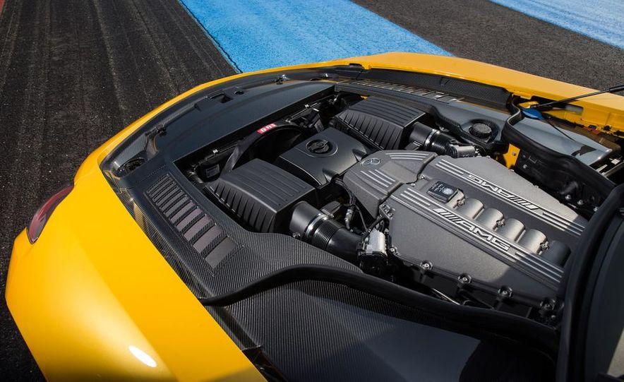 2014 Mercedes-Benz SLS AMG Black Series - Slide 36