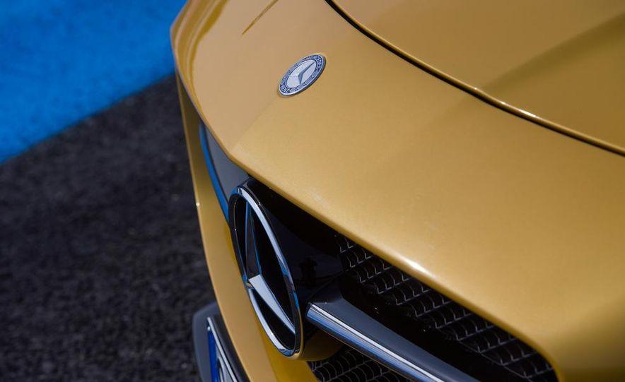 2014 Mercedes-Benz SLS AMG Black Series - Slide 19