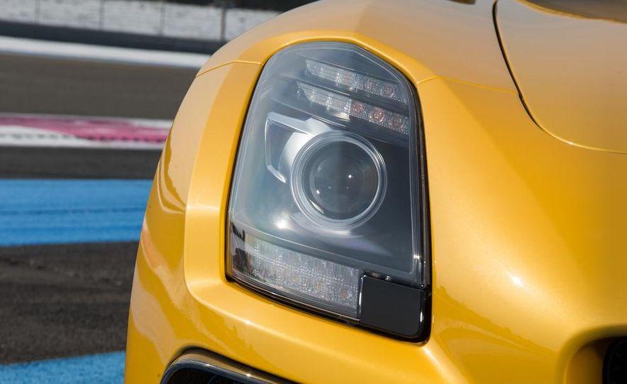 2014 Mercedes-Benz SLS AMG Black Series - Slide 32