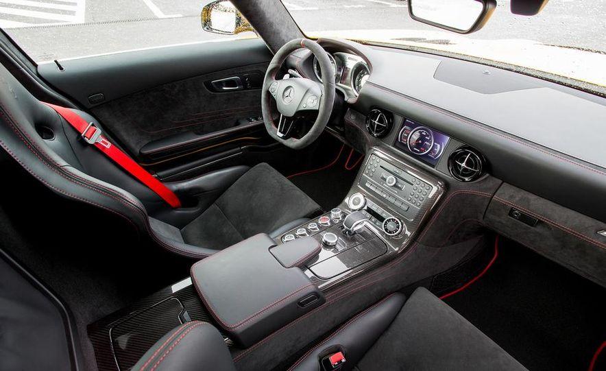 2014 Mercedes-Benz SLS AMG Black Series - Slide 34