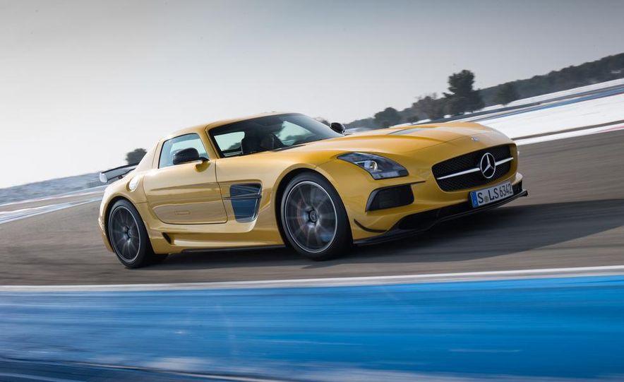 2014 Mercedes-Benz SLS AMG Black Series - Slide 4