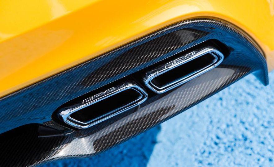 2014 Mercedes-Benz SLS AMG Black Series - Slide 30
