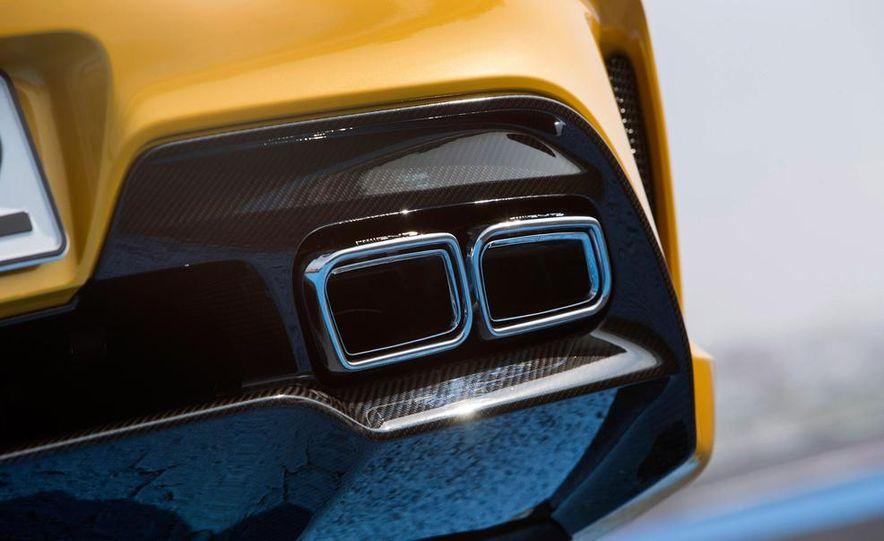 2014 Mercedes-Benz SLS AMG Black Series - Slide 31