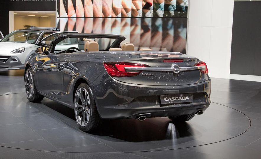 2014 Opel Cascada convertible - Slide 1