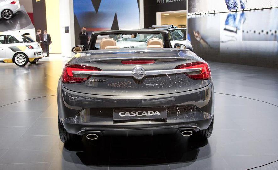 2014 Opel Cascada convertible - Slide 2