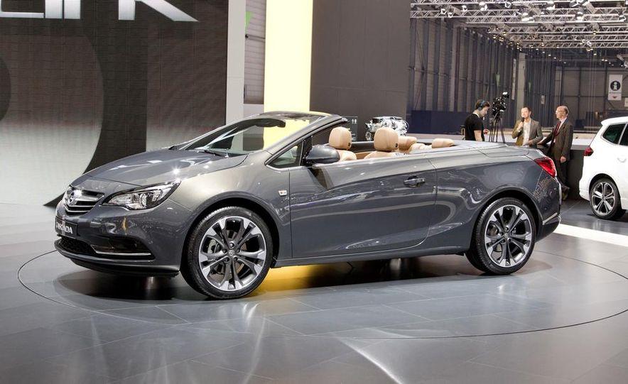 2014 Opel Cascada convertible - Slide 8