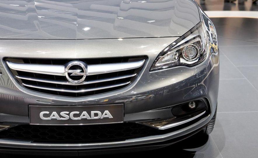 2014 Opel Cascada convertible - Slide 11