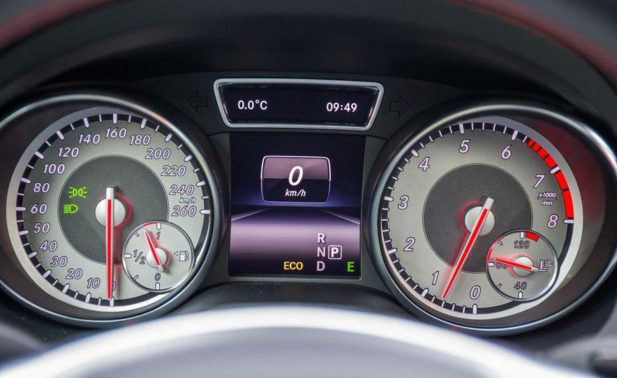 2014 Mercedes-Benz CLA250 4MATIC Sport - Slide 26