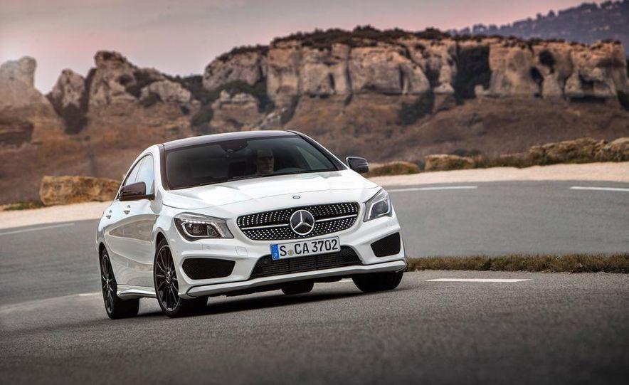 2014 Mercedes-Benz CLA250 4MATIC Sport - Slide 14
