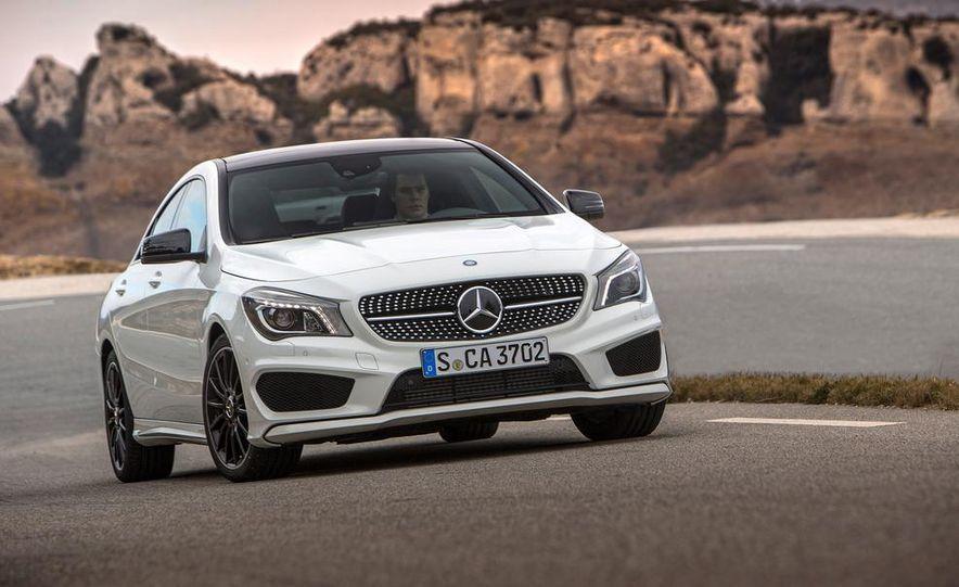 2014 Mercedes-Benz CLA250 4MATIC Sport - Slide 20