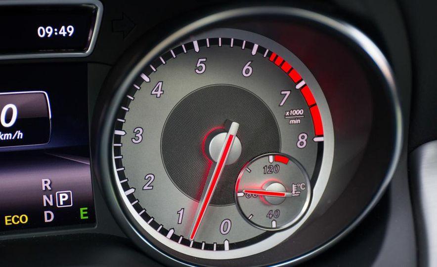 2014 Mercedes-Benz CLA250 4MATIC Sport - Slide 27
