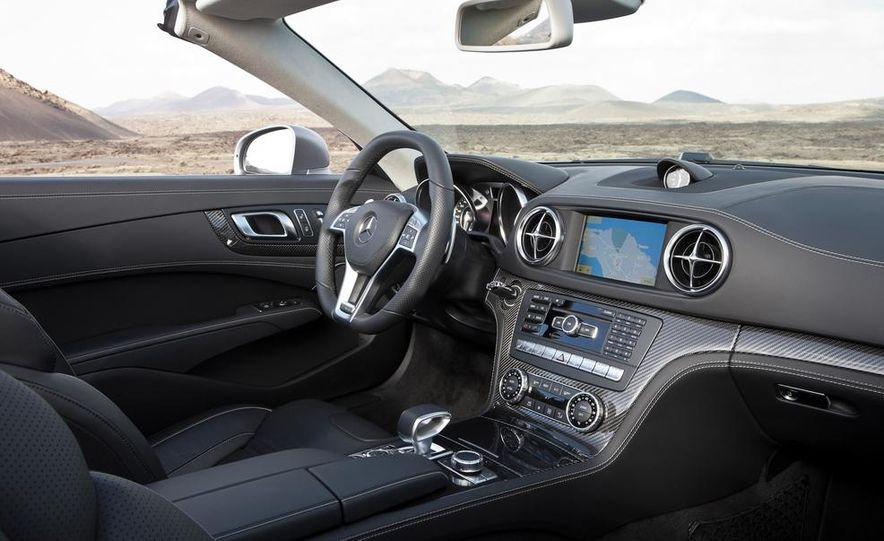 2013 Mercedes-Benz SL63 AMG - Slide 42