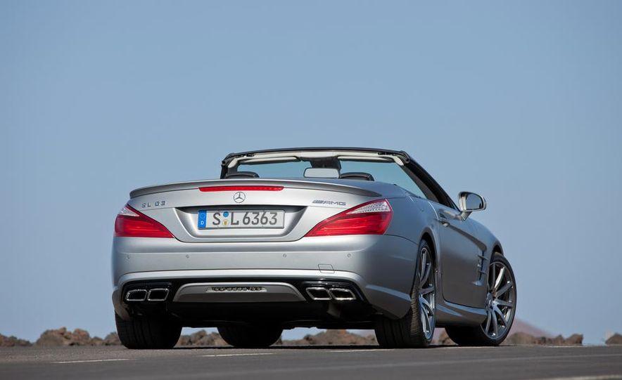 2013 Mercedes-Benz SL63 AMG - Slide 22
