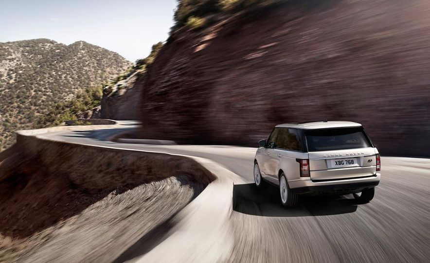 2014 Land Rover Range Rover Sport (spy photo) - Slide 5