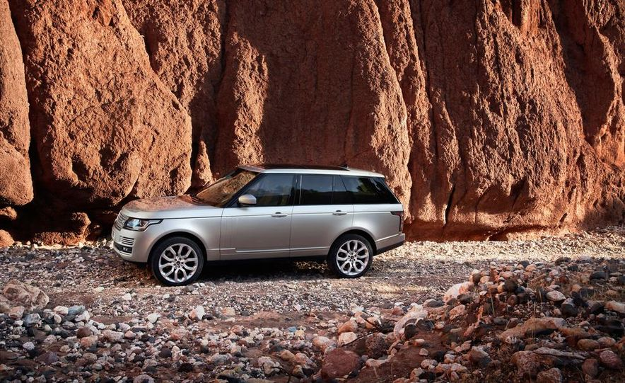 2014 Land Rover Range Rover Sport (spy photo) - Slide 44