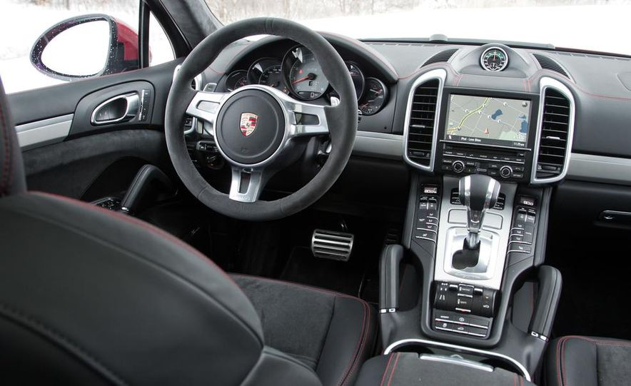 2013 Porsche Cayenne GTS - Slide 41
