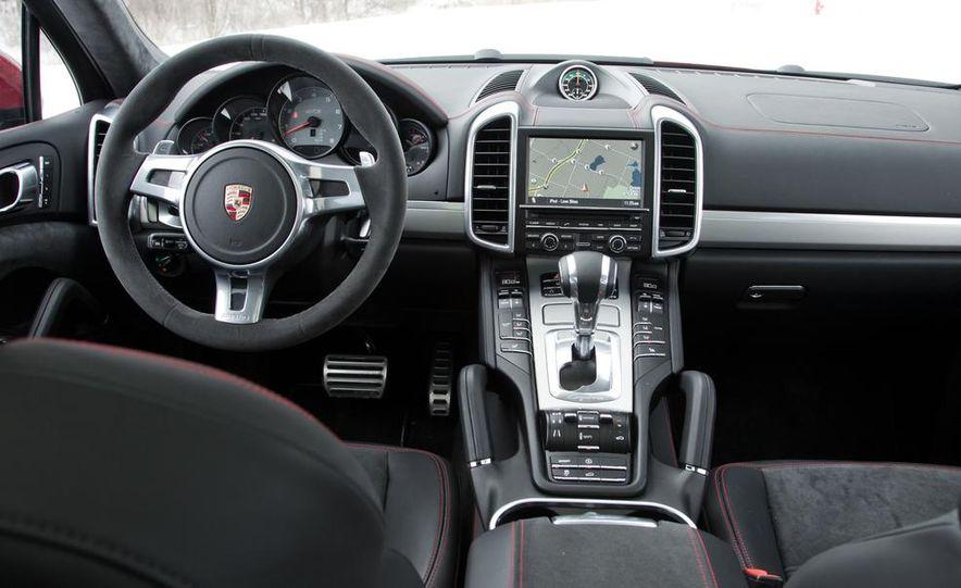 2013 Porsche Cayenne GTS - Slide 42