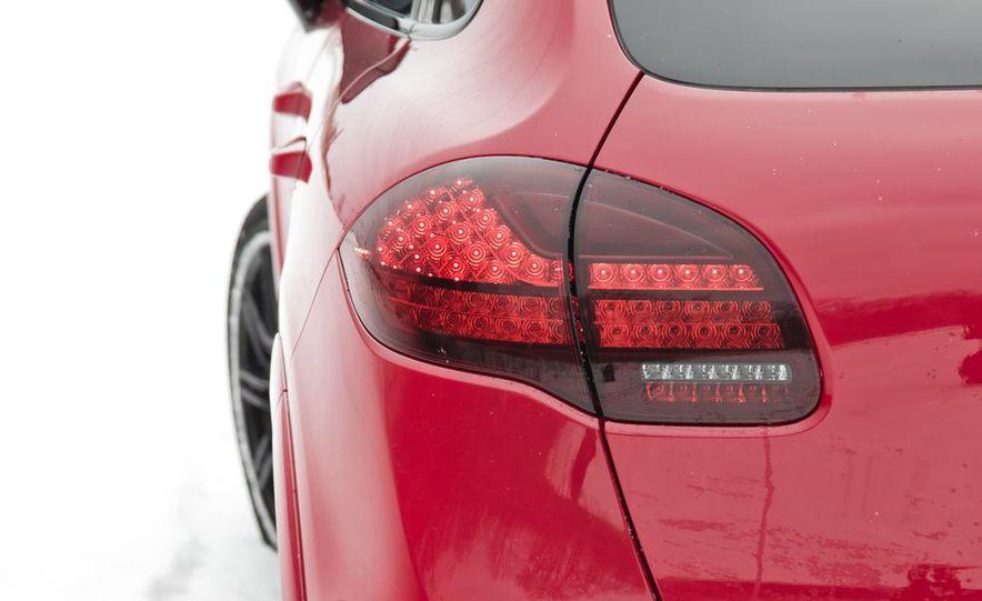 2013 Porsche Cayenne GTS - Slide 36