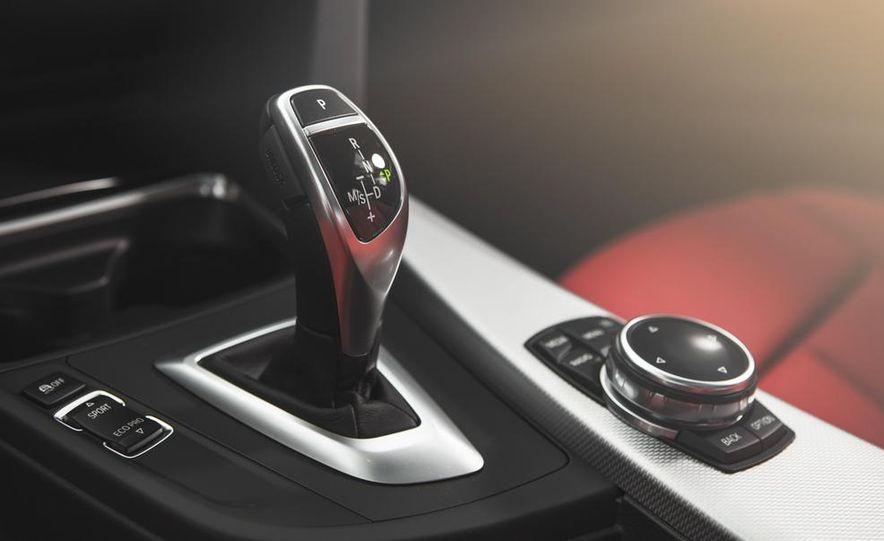 2014 BMW 335i GT xDrive - Slide 34