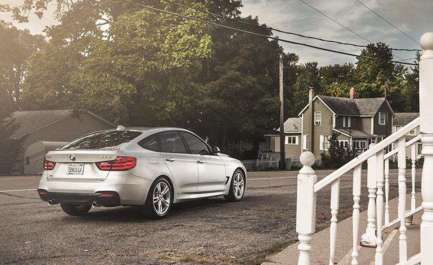 2014 BMW 335i GT xDrive - Slide 2