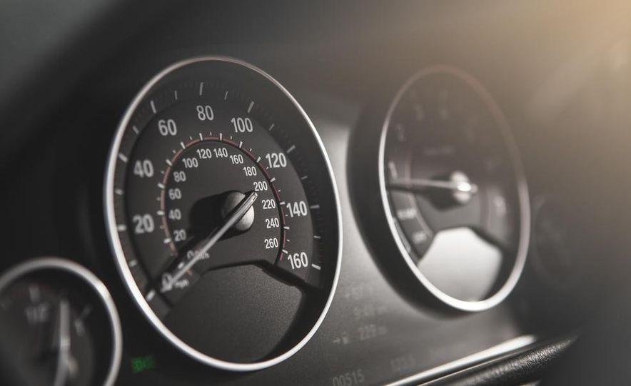 2014 BMW 335i GT xDrive - Slide 28