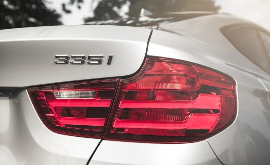 2014 BMW 335i GT xDrive - Slide 11