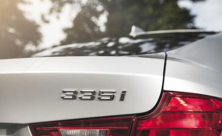 2014 BMW 335i GT xDrive - Slide 13