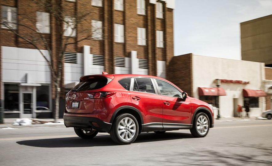 2014 Mazda CX-5 2.5 AWD - Slide 7