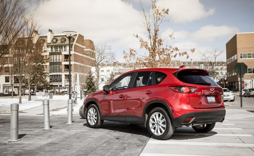 2014 Mazda CX-5 2.5 AWD - Slide 14