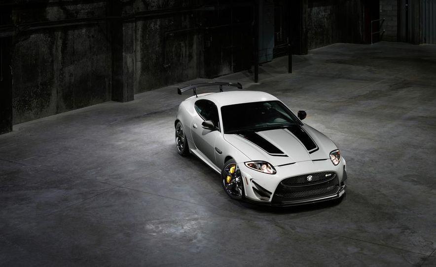 2014 Jaguar XKR-S GT - Slide 23
