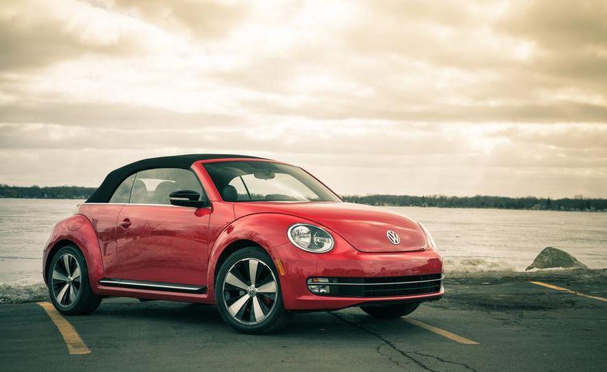 2013 Volkswagen Beetle turbo convertible - Slide 9
