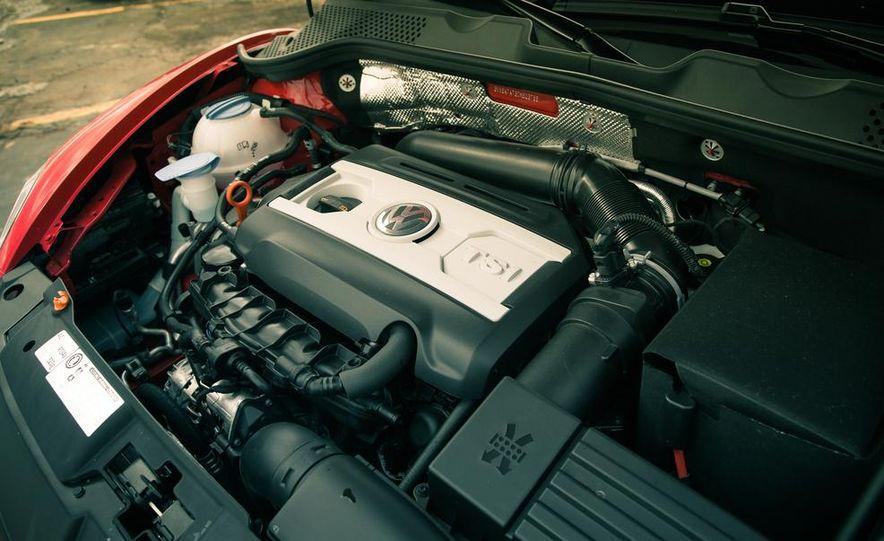 2013 Volkswagen Beetle turbo convertible - Slide 43
