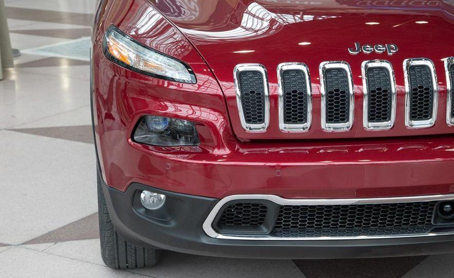 2014 Jeep Cherokee Limited - Slide 13