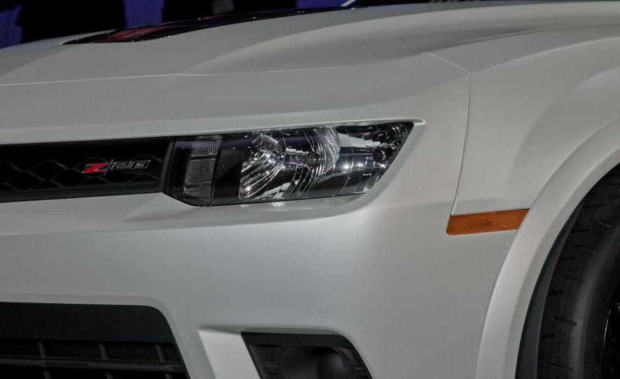 2014 Chevrolet Camaro Z/28 - Slide 17