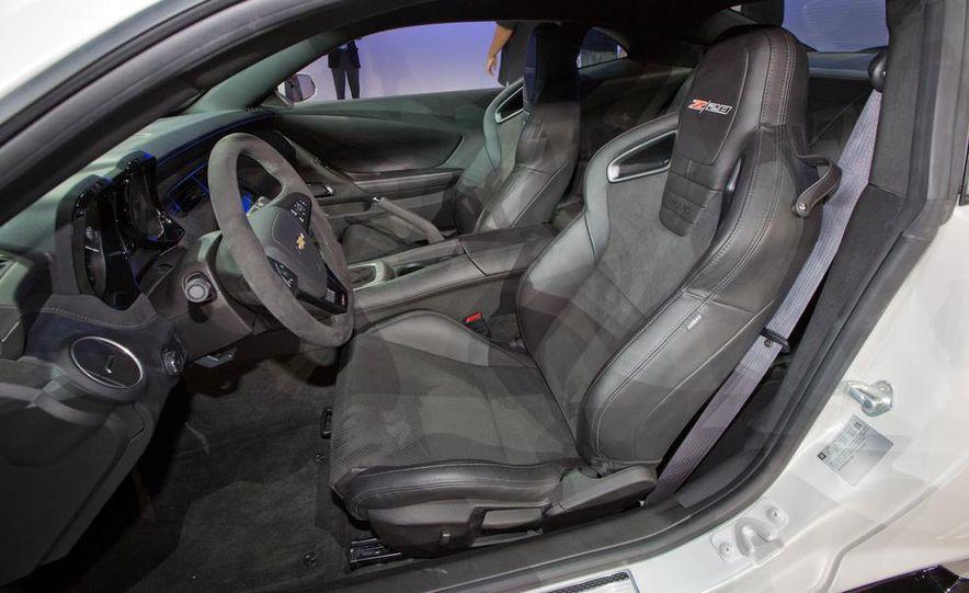 2014 Chevrolet Camaro Z/28 - Slide 19
