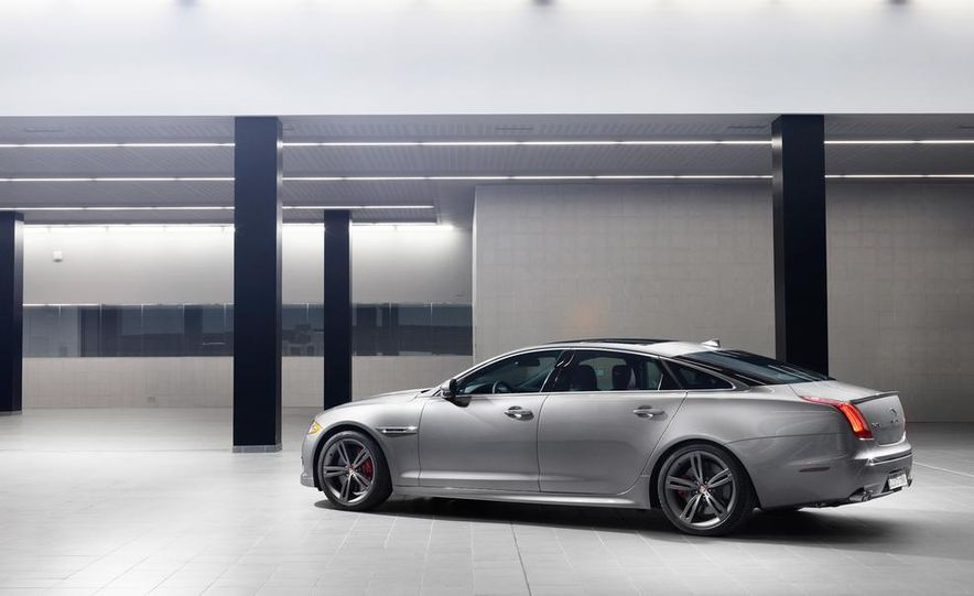2014 Jaguar XJR - Slide 27