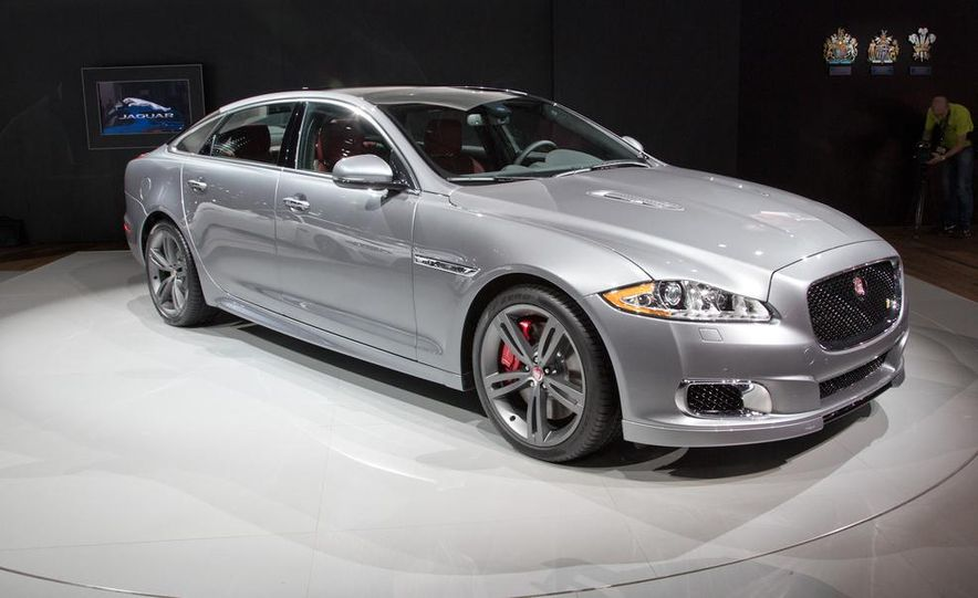 2014 Jaguar XJR - Slide 1