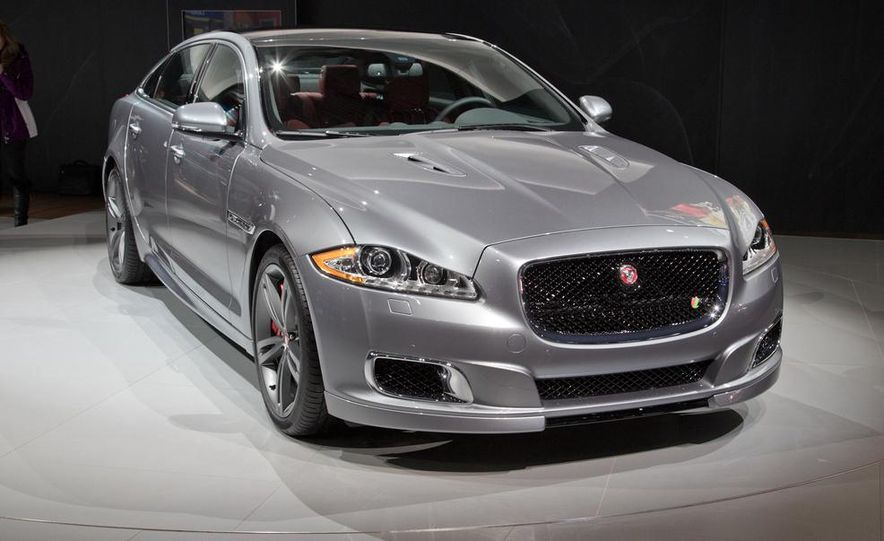2014 Jaguar XJR - Slide 2