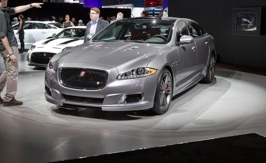 2014 Jaguar XJR - Slide 3