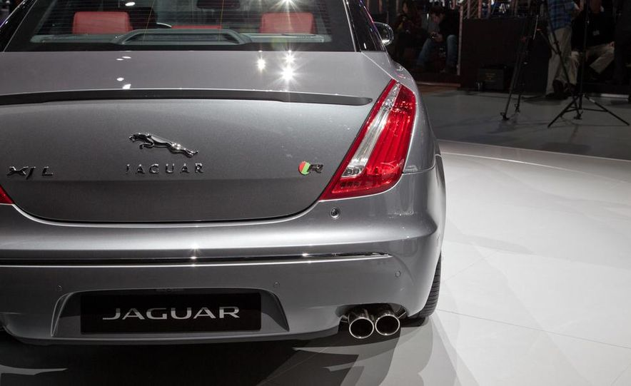 2014 Jaguar XJR - Slide 8
