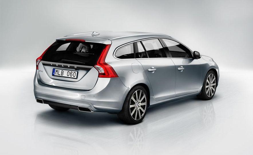 2015 Volvo V60 - Slide 6